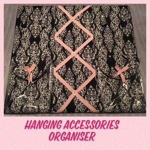 Hanging Accessories Organizer